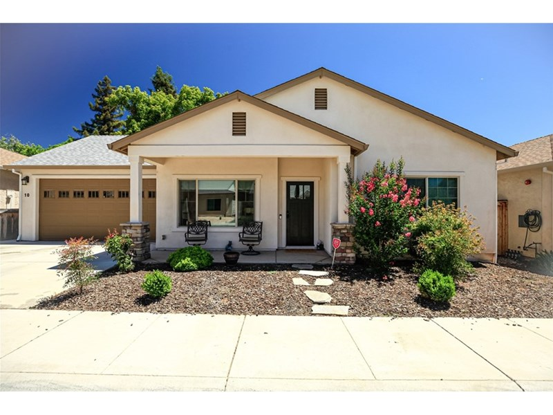 Great location, down a tucked-away street off Manzanita, close to PV, Marigold school and just down the street from the entrance to Wildwood Park.