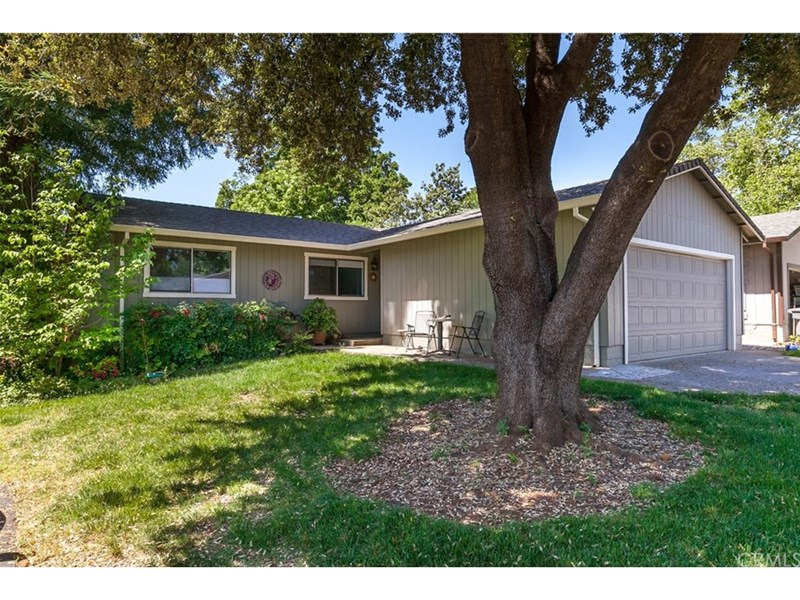 Cute home with < 1 year old roof. Front yard landscaping and water included in HOA.