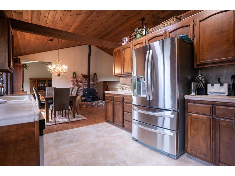 792 Country Oak Dr, Redding, CA 96003 (Closed) - Lori Stevens