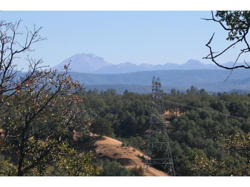 Lassen range from ridgetop